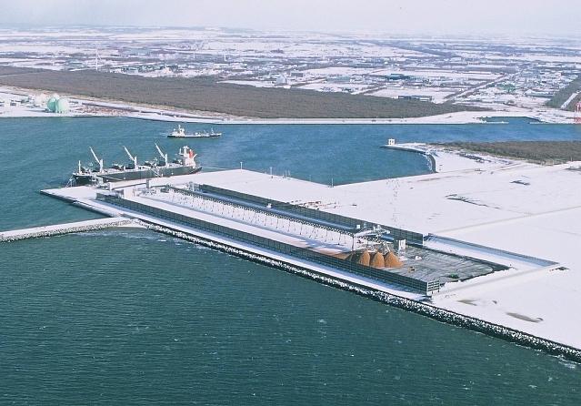 石狩湾新港西地区 チップヤード竣工
